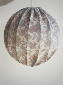 Bilde av Osaka Silk Lampe No.39